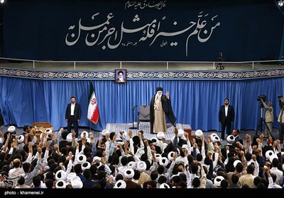 Tehran's Seminaries' Students Meet Leader Ayatollah Khamenei