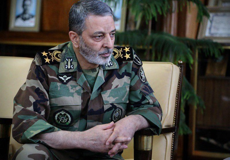 Iranian Army Commander: Hegemonic Powers' Empty Threats Worth Nothing