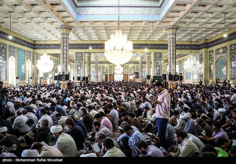 زیارتنامه امام حسین(ع) در روز عرفه + صوت