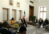 ظریف: ایران می تواند شریک مطمئنی برای آفریقای جنوبی در منطقه باشد