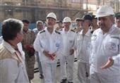دریادار سیاری از مراحل ساخت ناوشکن دماوند بازدید کرد
