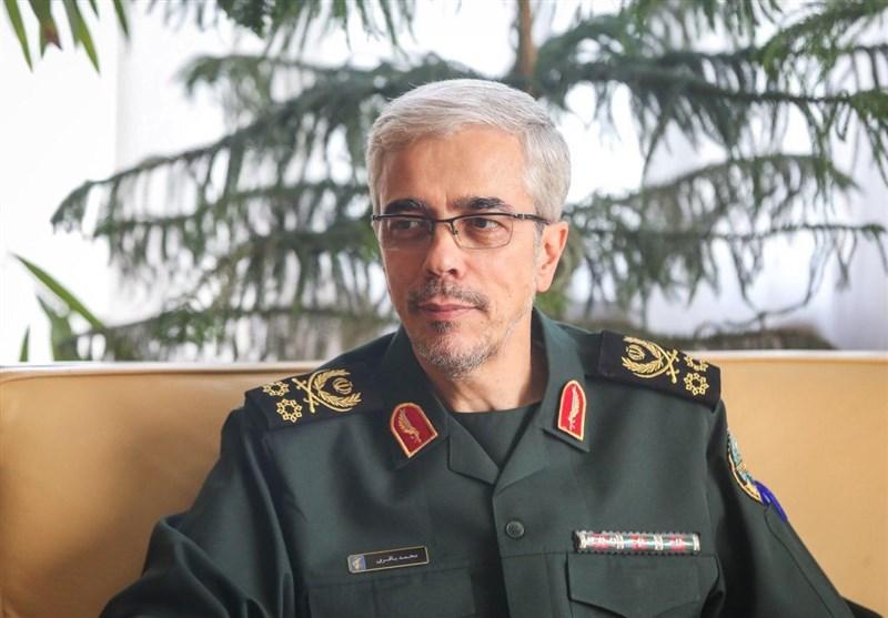 اللواء باقری یستقبل قائد الجیش البولیفی