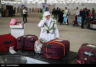 ایرانی حجاج کی پہلی پرواز تہران پہنچ گئی