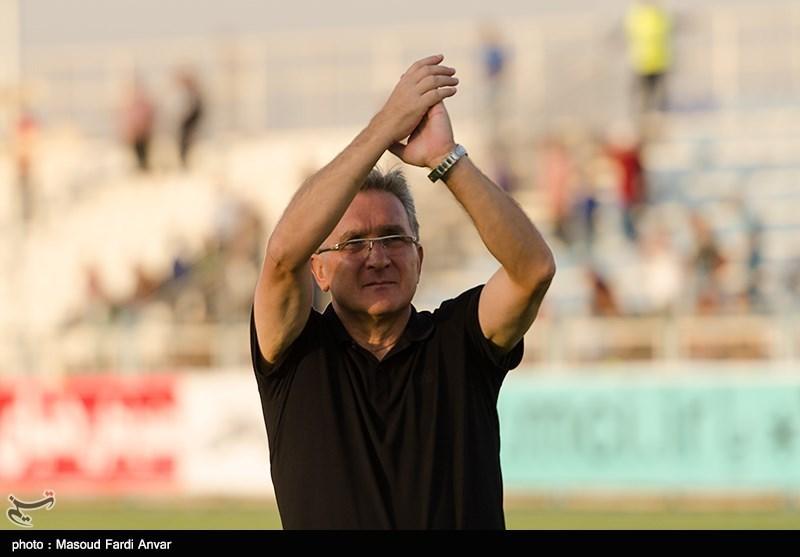 دیدار تیم های فوتبال گسترش فولاد تبریز و پرسپولیس