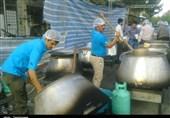 پخت آش نذری عید غدیر برای 17 هزار شاهرودی به روایت تصویر