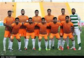 دیدار تیمهای فوتبال سیاه جامگان و برق جدید شیراز - مشهد