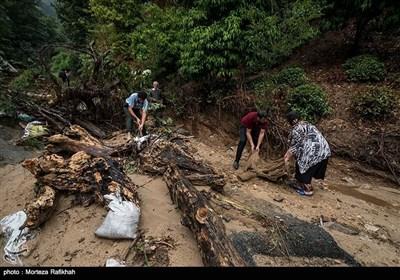 ایران کے صوبہ گیلان میں سیلاب کی تباہیاں