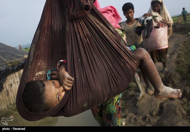 تسلیم رسالة المراسلین الدولیین الى منظمة الامم المتحدة دعماً لمسلمی میانمار+صورة