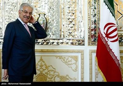 لقاء وزیری خارجیة إیران وباکستان فی طهران