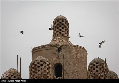 """اصفہان کے گاوں """"گورت"""" میں کبوتروں کے منفرد گھونسلے"""