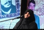 همسر شهید کاوه: شهید کاوه خود را وقف جنگ کرده بود