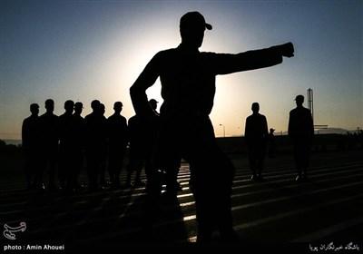 هیچ سربازی تاکنون بر اثر کرونا فوت نکرده است/ مکاتبات برای افزایش حقوق سربازان
