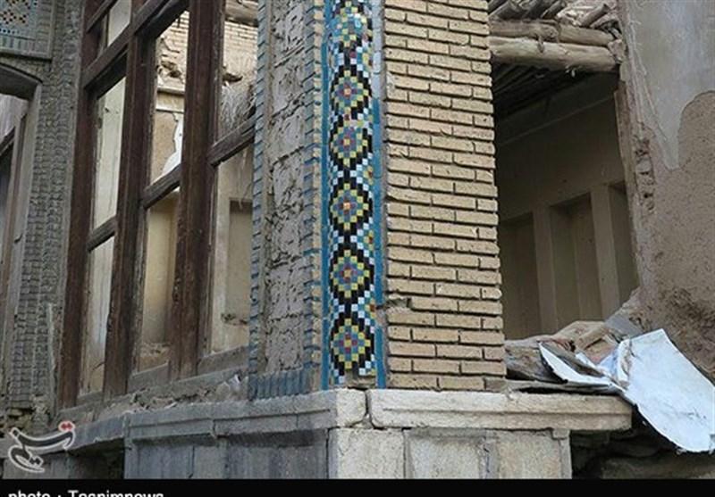 فارس| خانههای تاریخی گذر سنگ سیاه جان تازه میگیرند