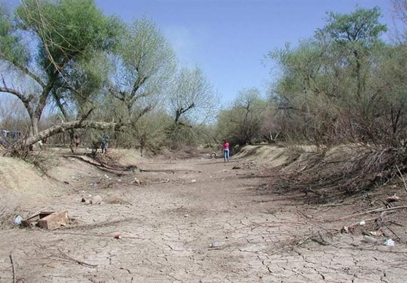 رودخانه خشک