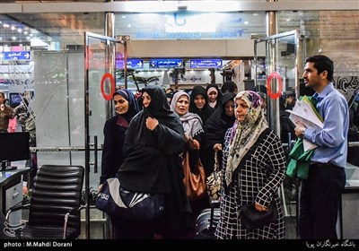 اعزام کاروان زائر اولی های امام رضا(ع)