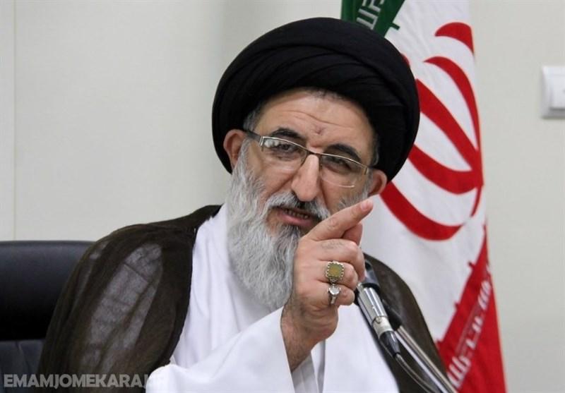 امام جمعه کرج: هیچکس حق تضعیف قوه قضائیه را ندارد