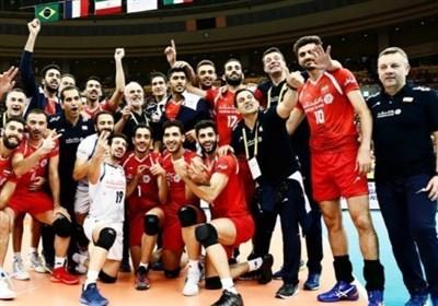 اهدای مدال برنز والیبال قهرمانان جهان به تیم ملی ایران
