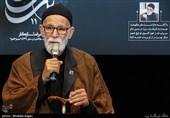 غلامرضا سازگار: نهضت امام حسین را اشک نگه داشته است