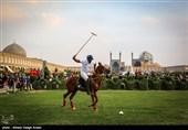 مسابقه چوگان در میدان نقش جهان