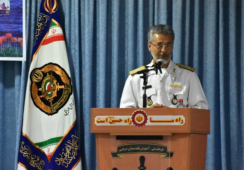 Ex-Navy Chief Unveils Plans for New Post in Iran's Army