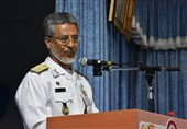 الامیرال سیاری: مؤتمر البحریة سیقرر اجراء مناورات مشترکة فی المحیط الهندی