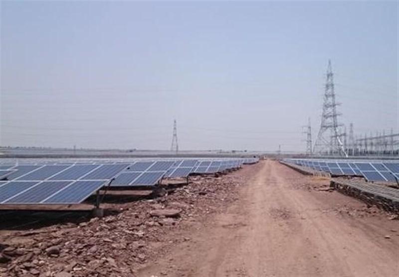 نیروگاه خورشیدی خانگی برای 100 مددجوی کمیته امداد کردستان ایجاد میشود