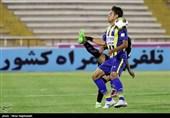 لیگ برتر فوتبال| تساوی یک نیمهای گسترش فولاد و صنعت نفت آبادان