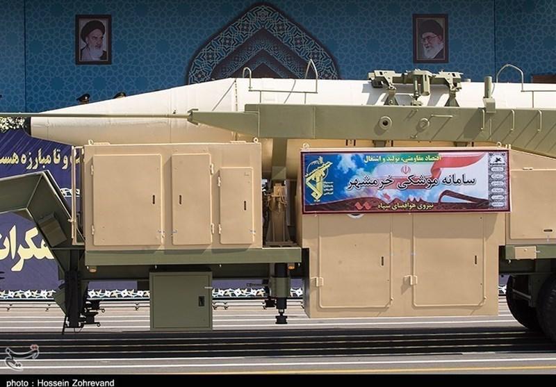 """برد موشک خرمشهر """"2000 کیلومتر"""" اعلام شد + ویژگیهای موشک"""