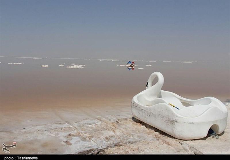 """ساکنان شهرها و روستاهای حاشیه """"دریاچه ارومیه"""" در حال هلاک شدن هستند"""