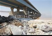 میزان افت آبهای زیرزمینی در حوضه دریاچه ارومیه 70 سانتیمتر است