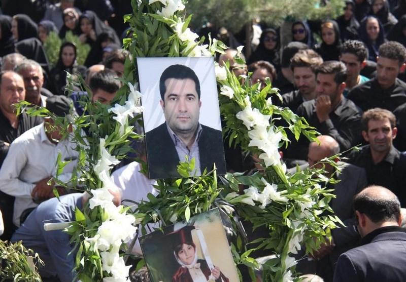 برگزاری مراسم تشییع و تدفین پیکر سرپرست روزنامه همشهری درآذربایجانغربی+فیلم