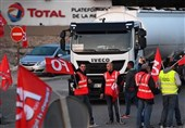 French Truck Drivers Blocking Highways to Protest Macron's Labor Reform