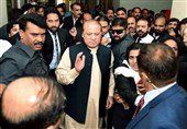 Ex-PM Sharif Returns to Pakistan for Court Hearing