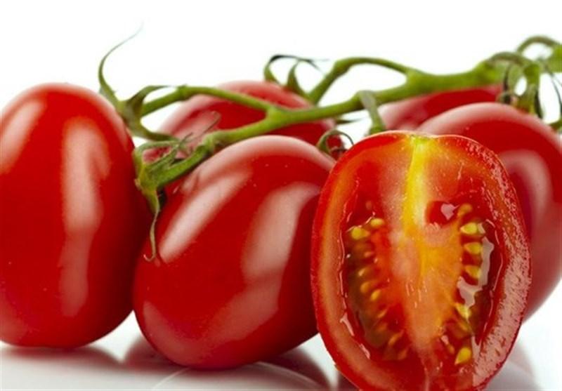 کراچی؛ ایرانی ٹماٹر پہنچتے ہی قیمت 50 روپے تک کم کردی گئی