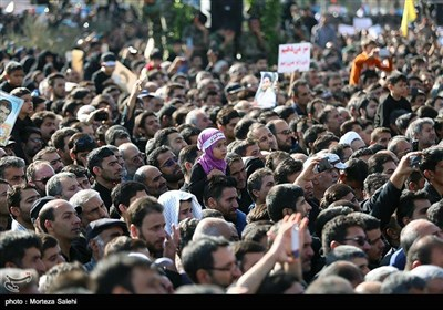 Mass Funeral Held for Iconic Martyr Hojaji in Central Iran