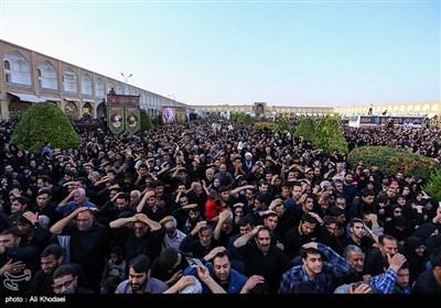 اصفہان کے عوام نے بھی شہید حججی کے پیکر پاک کو الوداع کہدیا