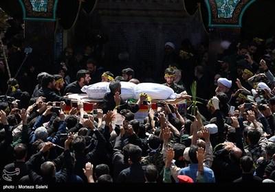 مراسم خاکسپاری پیکر مطهر شهید محسن حججی در گلزار شهدای نجفآباد - اصفهان