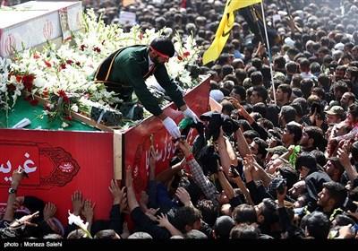 تشییع پیکر شهید محسن حججی در نجفآباد- اصفهان