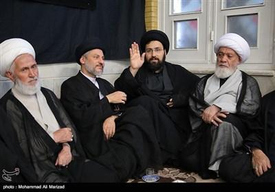 حضور علی خمینی درعزاداری بیت مرحوم آیت الله موسوی اردبیلی