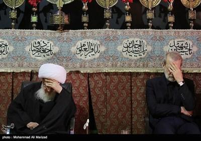 حضور رئیس مجلس شورای اسلامی درعزاداری بیت آیت الله وحید خراسانی
