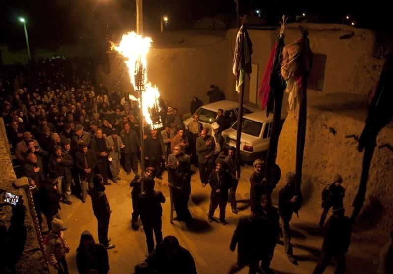 مراسم مشعلگردانی ماه محرم در روستاهای خراسان جنوبی برگزار میشود