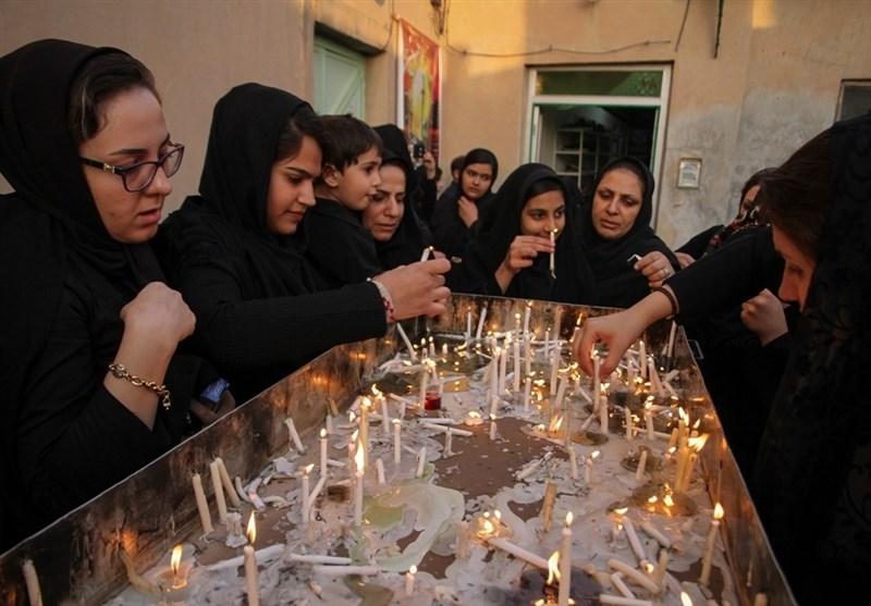 """آئین سنتی""""هفت منبر"""" شامگاه تاسوعا در بیرجند برگزار شد"""