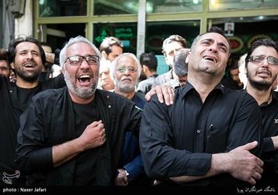 ایران بھر میں یوم عاشورا کے جلوس و مجالس کا سلسلہ جاری