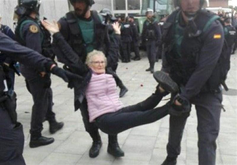 کتالونیا تشتکی الحکومة الاسبانبة الى أوروبا بسبب استخدام العنف ضد مواطنیها+فیدیو