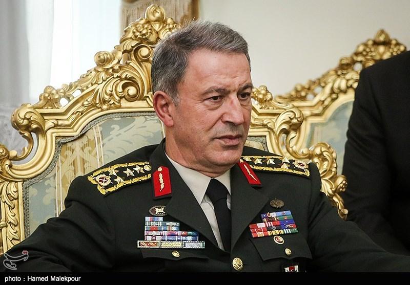 وزیر دفاع ترکیه در تماس تلفنی با سردار باقری: حفظ آرامش و ثبات منطقه به نفع همه کشورها است