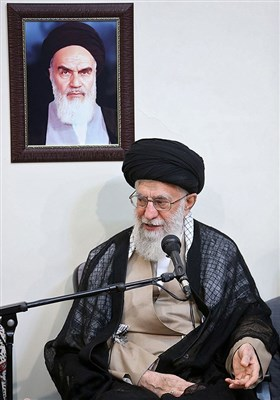 الامام الخامنئی یستقبل اسرة الشهید محسن حججی
