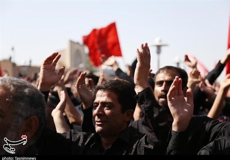 ایران بھر میں چہلم امام حسین کی مناسبت سے جلوس و مجالس کا سلسلہ جاری