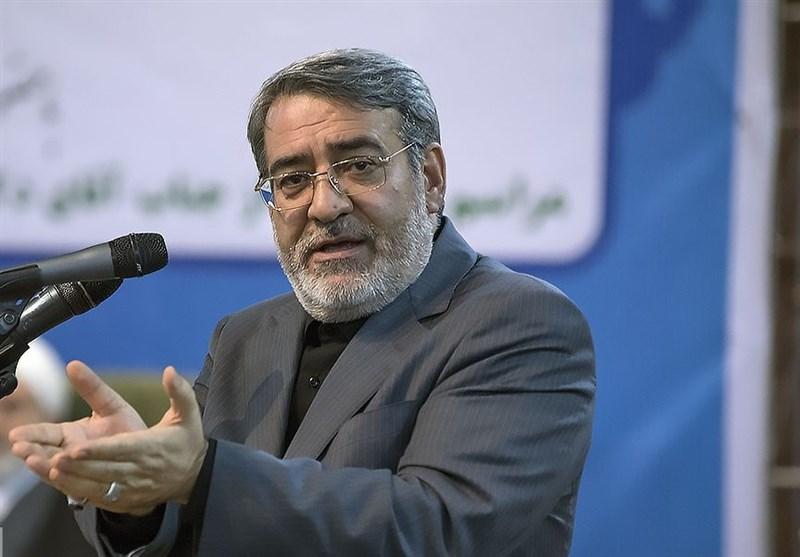 بندرعباس| وزیر کشور: امروز نبرد ما با دشمن در جبهه اقتصادی است