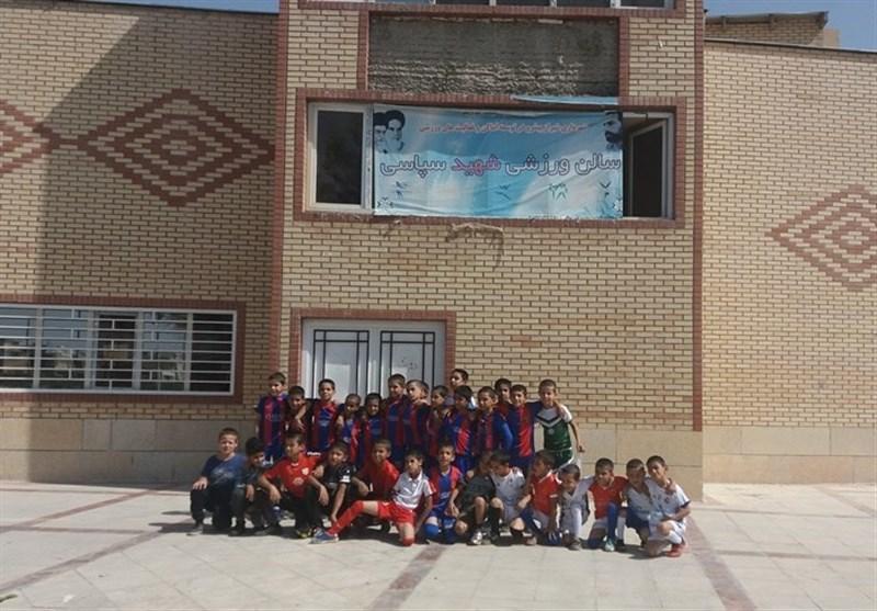 داستان یک سالن ورزشی در شیراز که انشعاب آب، برق و گاز ندارد