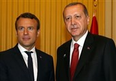 تأکید اردوغان و ماکرون بر اهمیت تمامیت ارضی عراق و سوریه